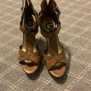 Guess cognac sandals